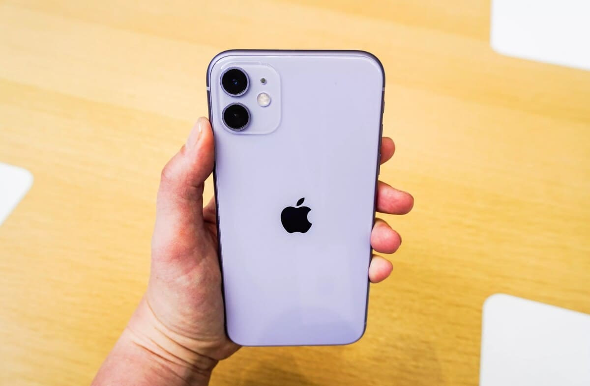 How to Fix Wireless Wireless Charger not Working iPhone 11