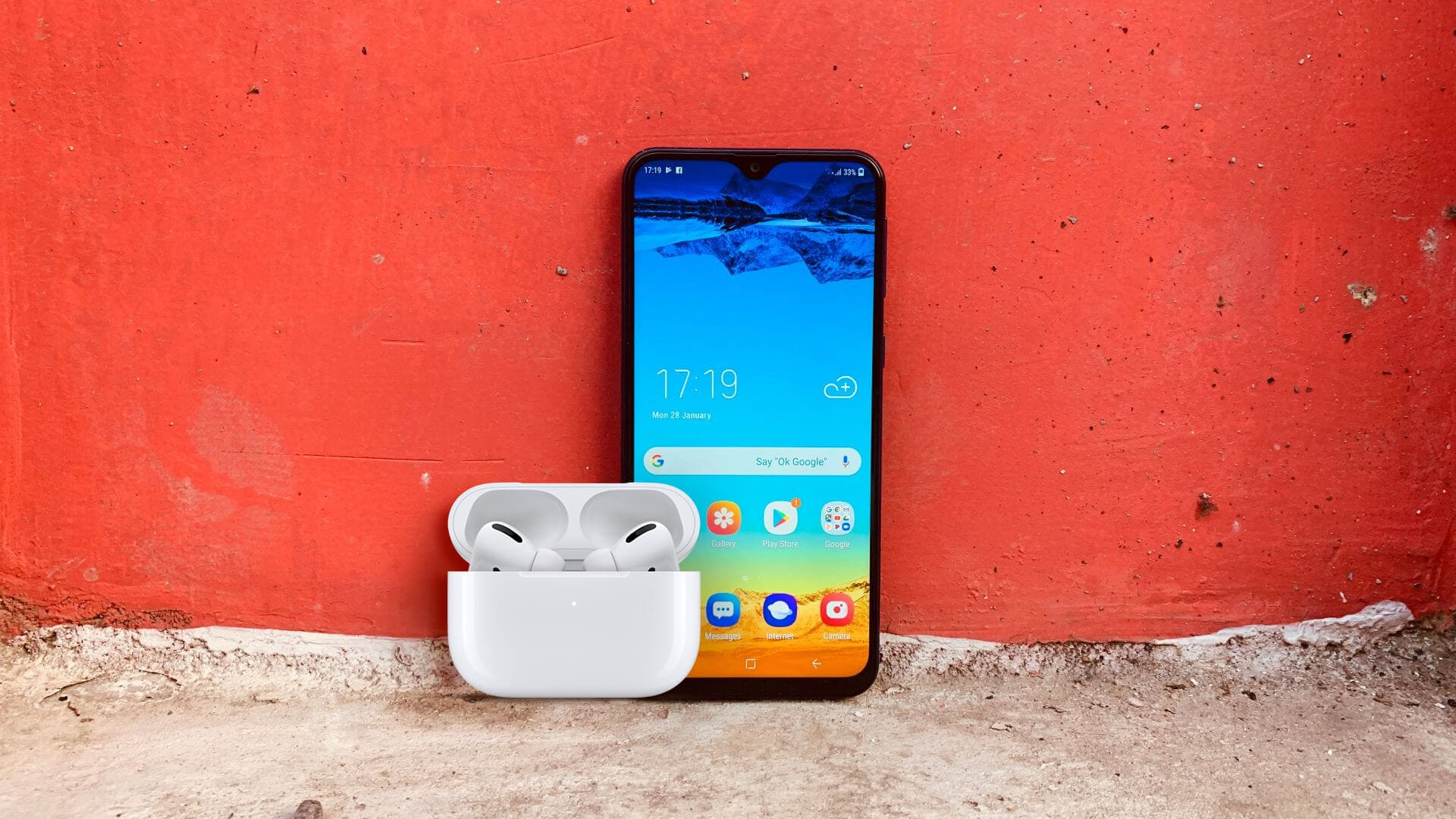 How to Connect your AirPods to an Android Phone