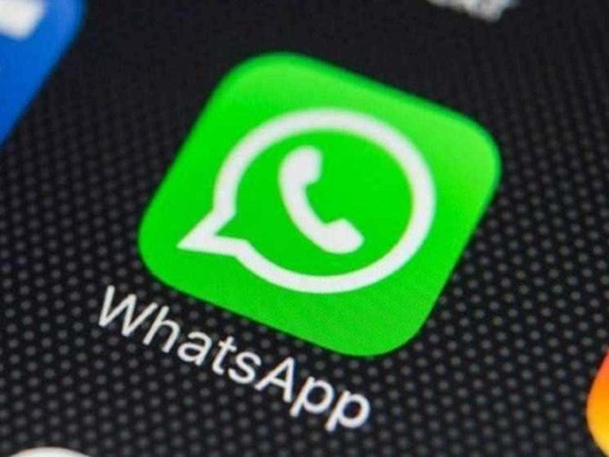 how to delete multiple archived chats on whatsapp iphone